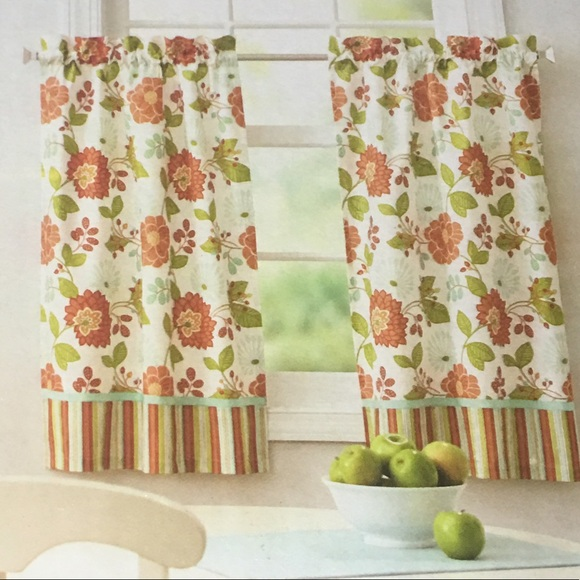 NWT Orange and green floral kitchen curtains NWT